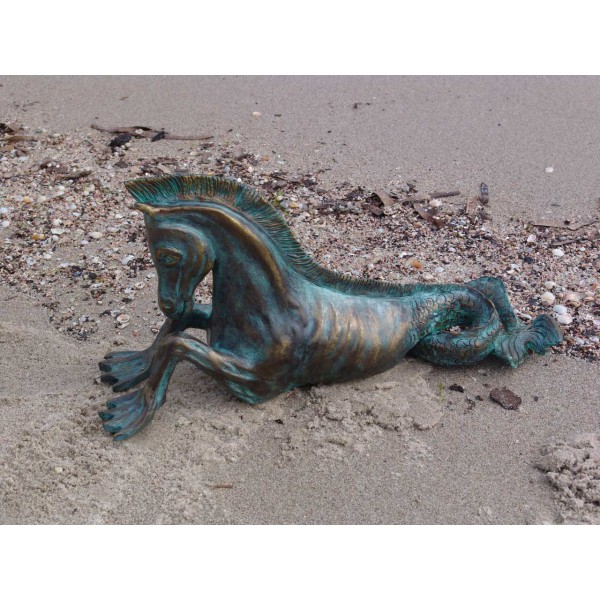 Sculpture terre cuite patinée bronze antique - Cheval marin